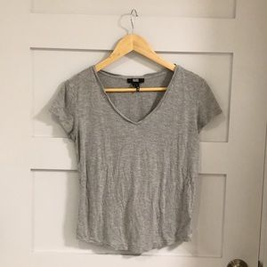 Grey Paige Short Sleeve T-shirt size Small